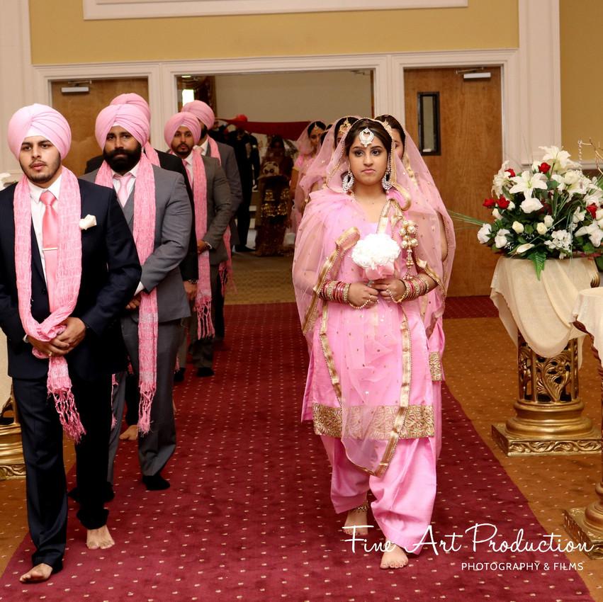 Indian-Wedding-Sangeet-Dashmesh-Darbar-Gurudwara-Fine-Art-Production_38