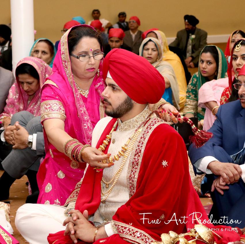 Indian-Wedding-Sangeet-Dashmesh-Darbar-Gurudwara-Fine-Art-Production_48