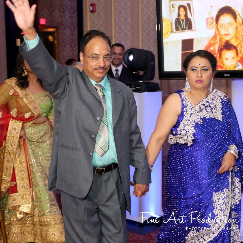 Indian-Wedding-Reception-Deewan-Fine-Art-Production_17