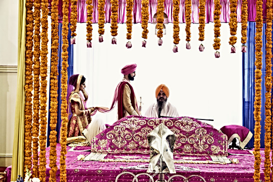 sikh wedding phere