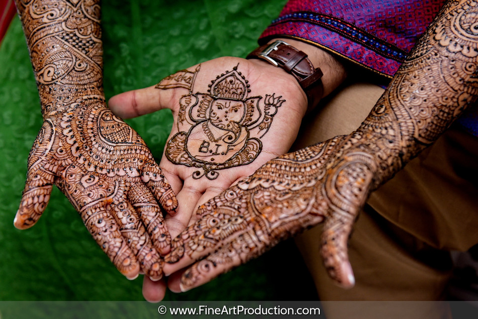 mehndi-ceremony-indian-wedding_04.jpg