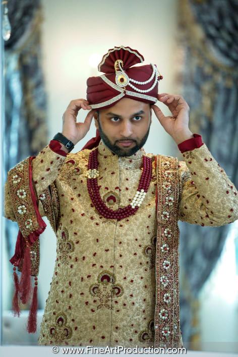 indian-groom-wearing-turban-photograph