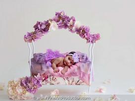 BABY PORTRAITS + MATERNITY PHOTO SESSION