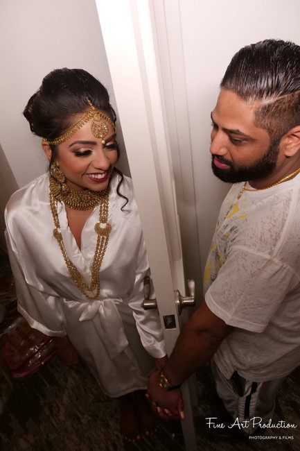 bride-and-groom-before-first-look