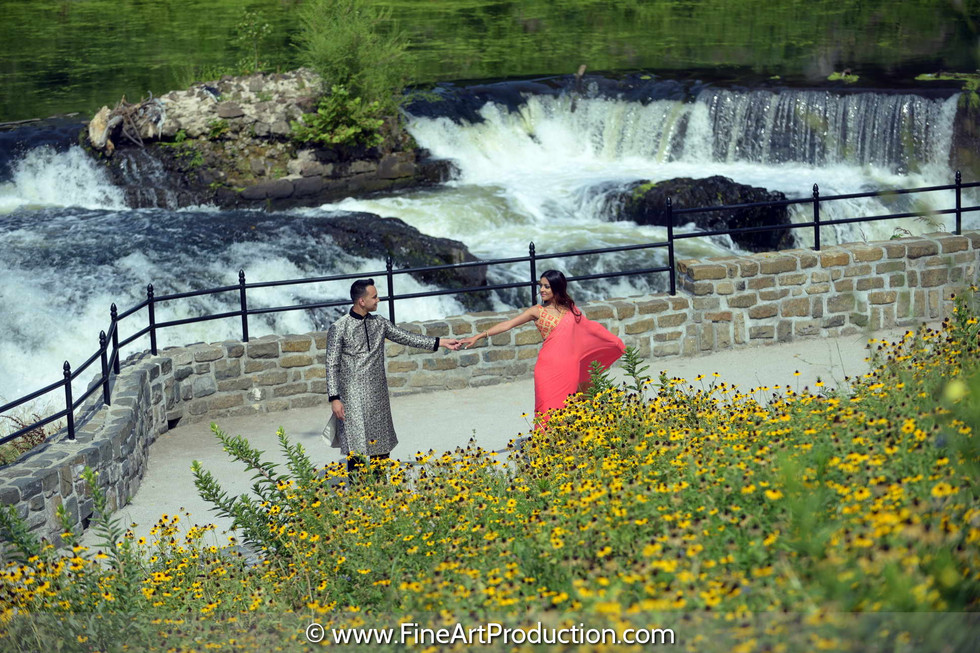 paterson-water-fall-engagement-photoshoot