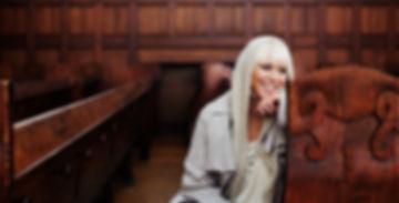 Marian Aas Hansen Official Web Site