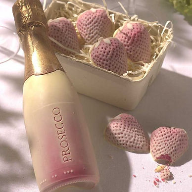 prosecco-and-strawberries-alt1.jpg