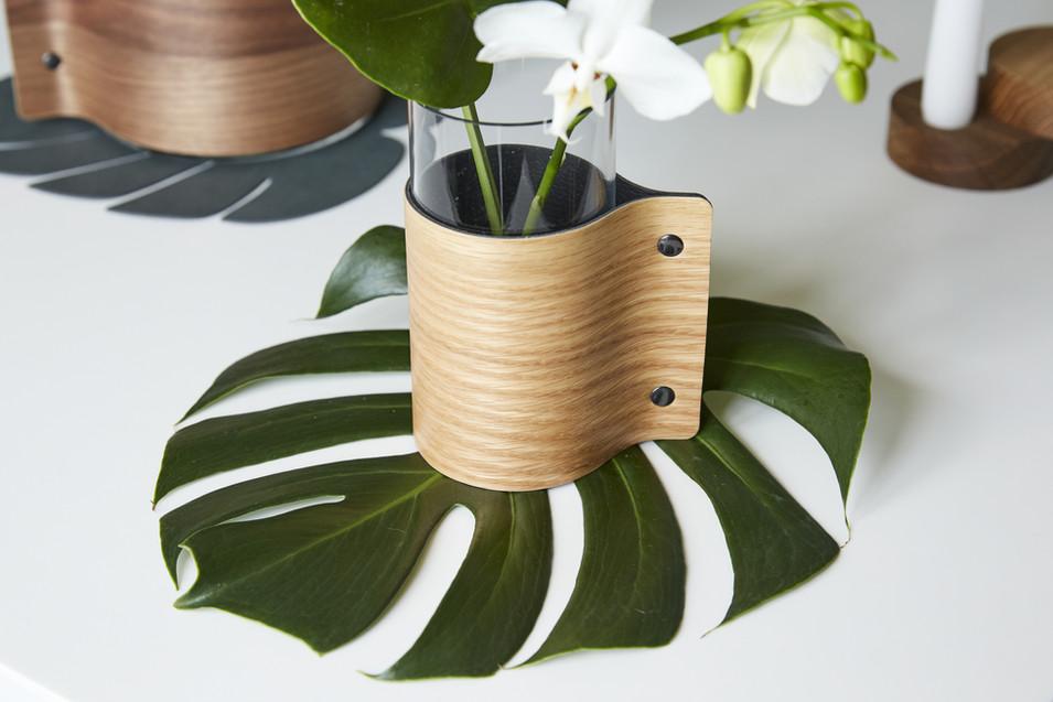 10000x10000_87052_Block_Vase_Wood_S_Oak_
