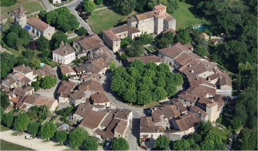 Le village rond de Fourcès