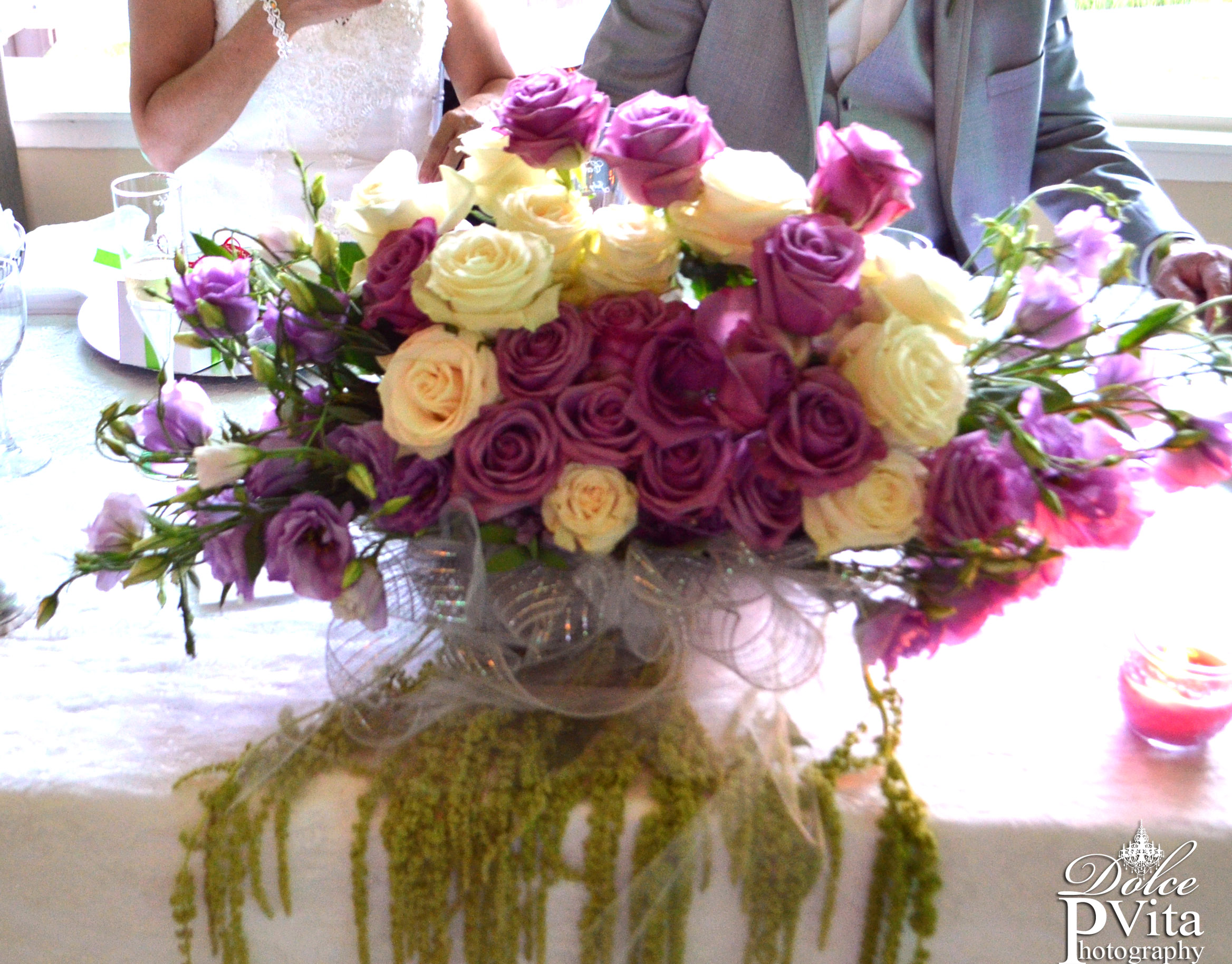 Sweetheart table centerpiece roses