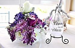 guest book table flower arrangement