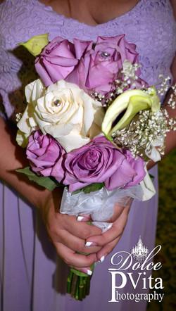 Cala lilies & roses toss bouquet