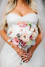 Luxury bridal wedding bouquet by Dolce Vita Events of Orange County wedding and floral design