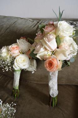 Vintage Rose Brides & toss Bouquet