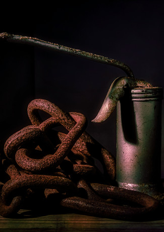 Rusty Chain and Oiler