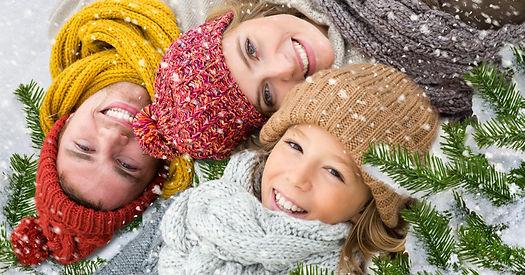 happy-new-year-Enjoy-a-family-lying-on-f