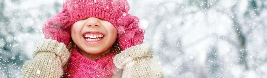 Winter_Little_girls_462412.jpg
