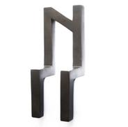 Luiz83   Sem título (edição de 5)   2015   escultura em bronze   27x11x9cm   R$4.700,00