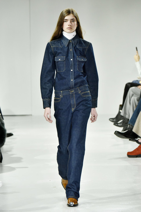 Raf Simons' Debut Collection For Calvin Klein Ignored Gender Constraints