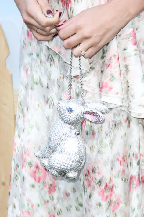 Margot Robbie Wore the Perfect Accessory to Her Peter Rabbit Premiere