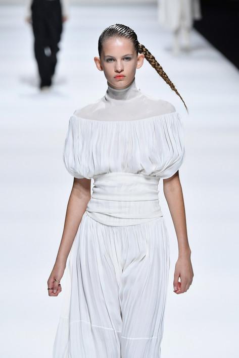 This Gravity Defying Hair is a Runway First at Milan Fashion Week