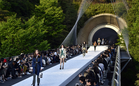 Why Designers Are Focusing On Resort Collections in a Major Way