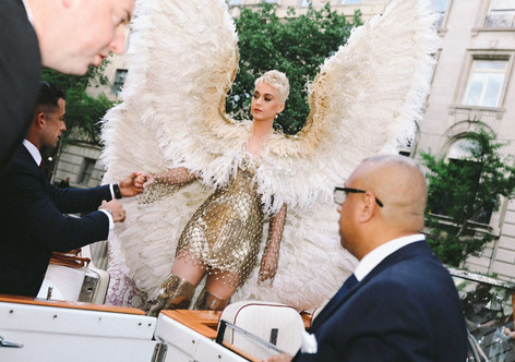 Phil Oh Captures the Best Arrival—And Exit!—Moments of the Met Gala