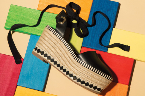 Chic Wedges Get A Bold Update For Resort 2017