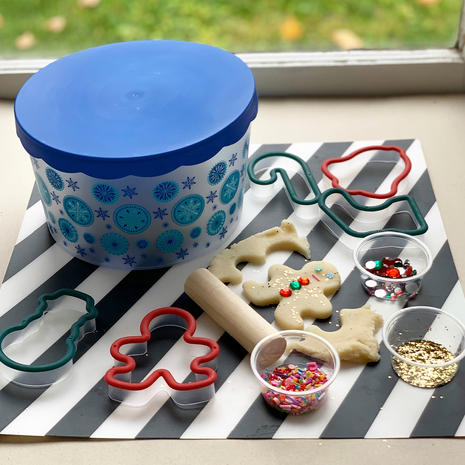 Scented Cookie Playdough Kit