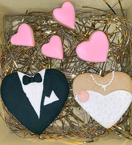 Heart wedding garments (with flower)