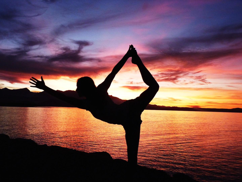 Lou yoga 11