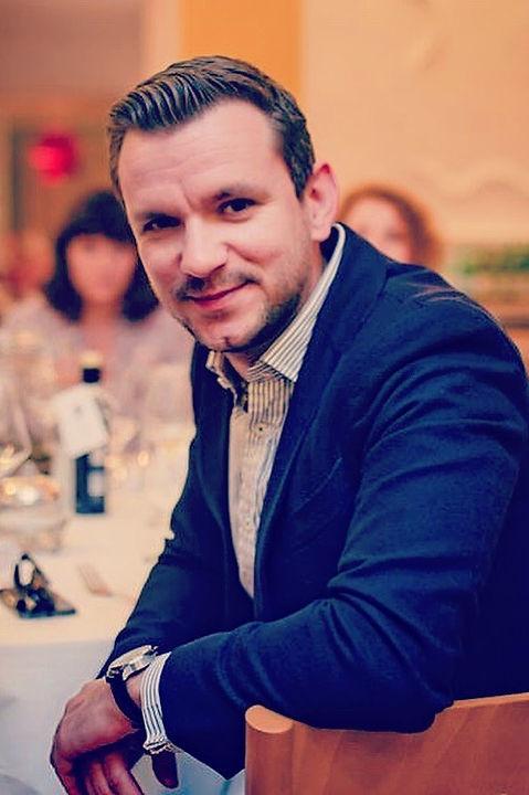Marcin Casual.jpg