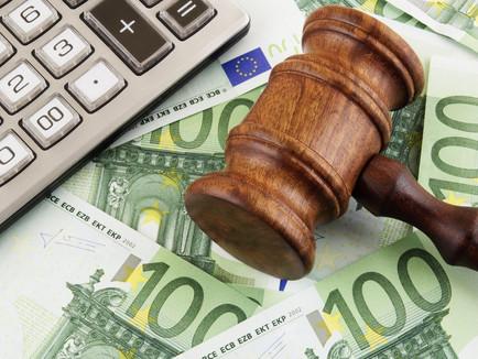 Δικαιώθηκε δανειολήπτρια και της διεγράφη το 89,94% του χρέους της!
