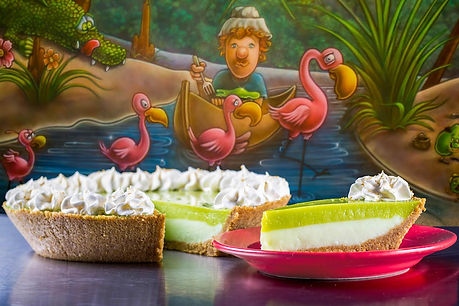 cootie-browns-key-lime-pie-with-mural.jp