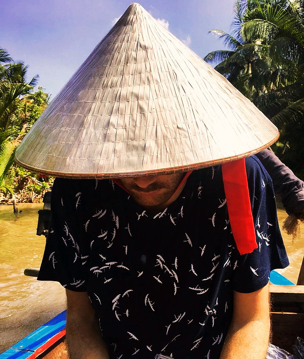 Vietnam Instagram Spots cappello vietnamita