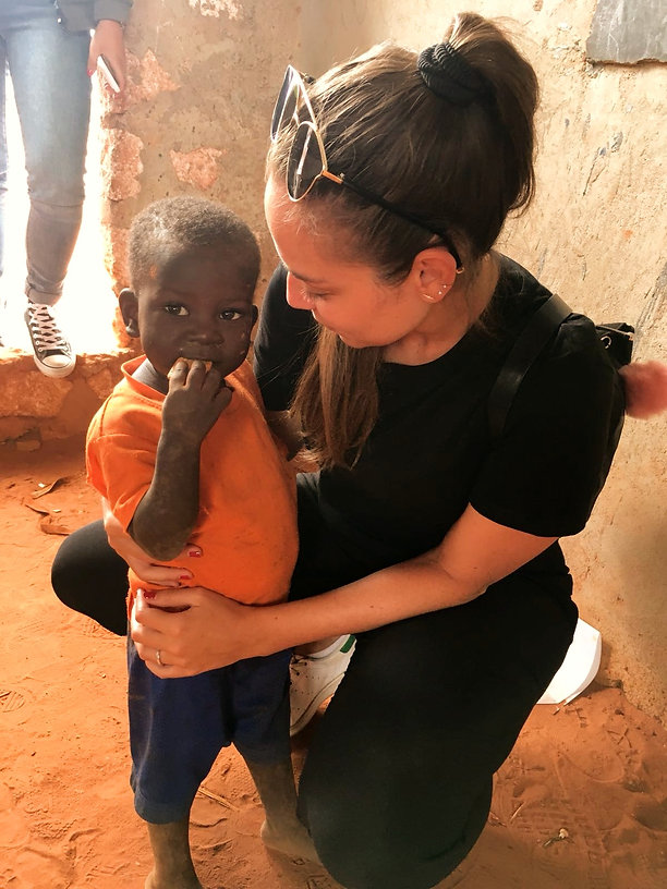 Kenya Instagram Pics abbraccio bambini
