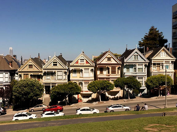 California on the road Instagram Spots San FRancisco Painted Ladies