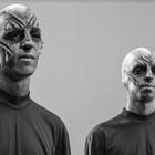 Arthur Chilante e Gabriel Chilante como alienígenas.