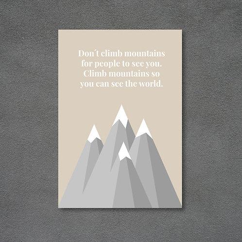 Postkort med bjerge og citat