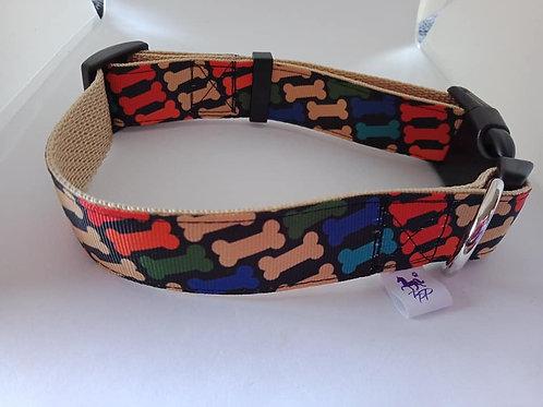 Dog bone print adjustable dog collar medium