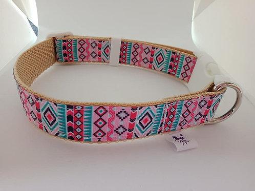 Geometric pattern adjustable dog collar larger