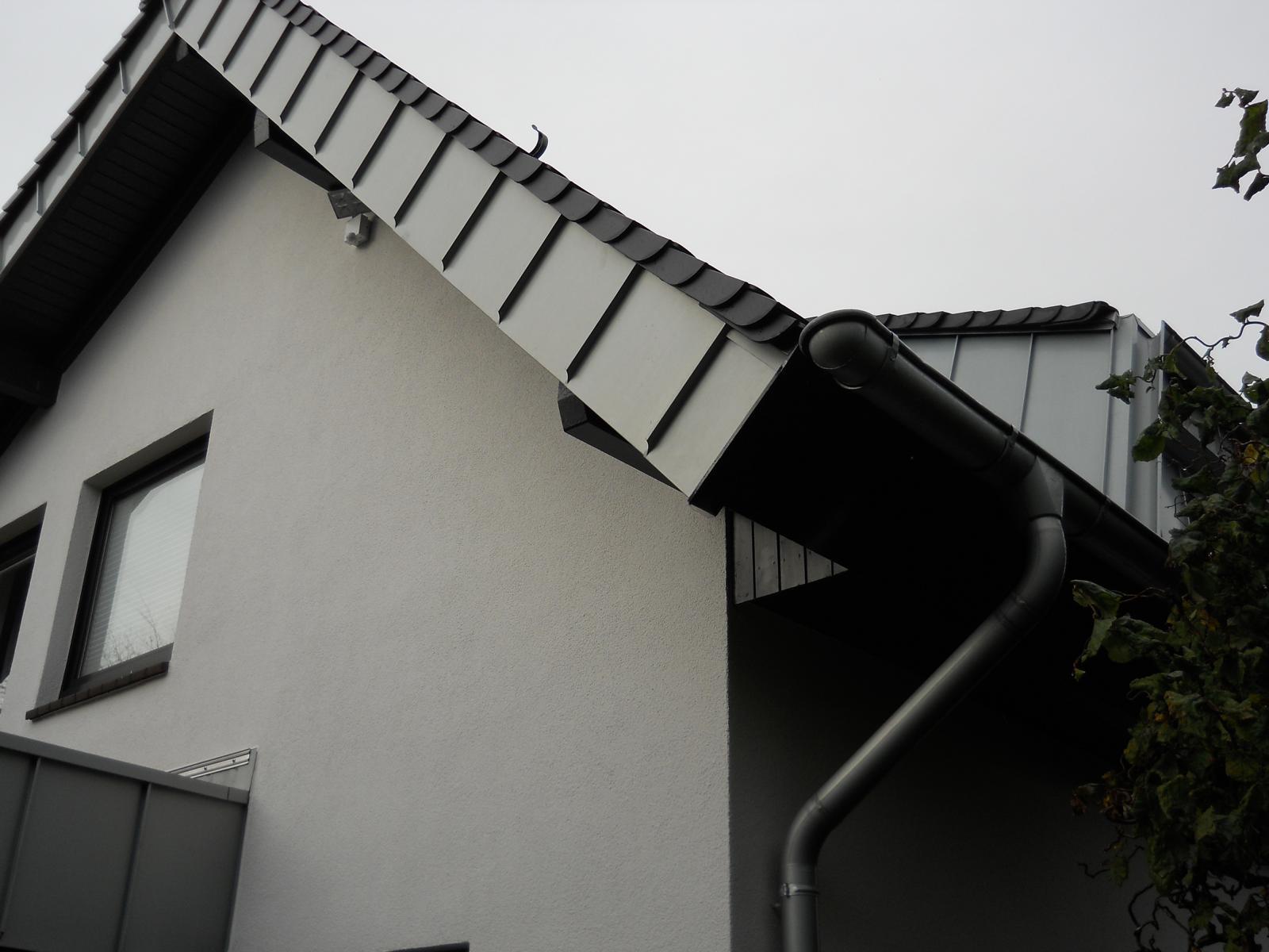 stehfalz, blechdach, metalldach, stehfalzoptik, dachdeckerei deckert, dachdecker bochum, peter decke
