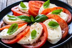 caprese salad.jpeg