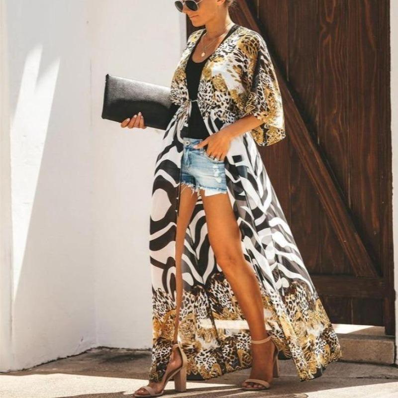 How to style a kimono for travel.