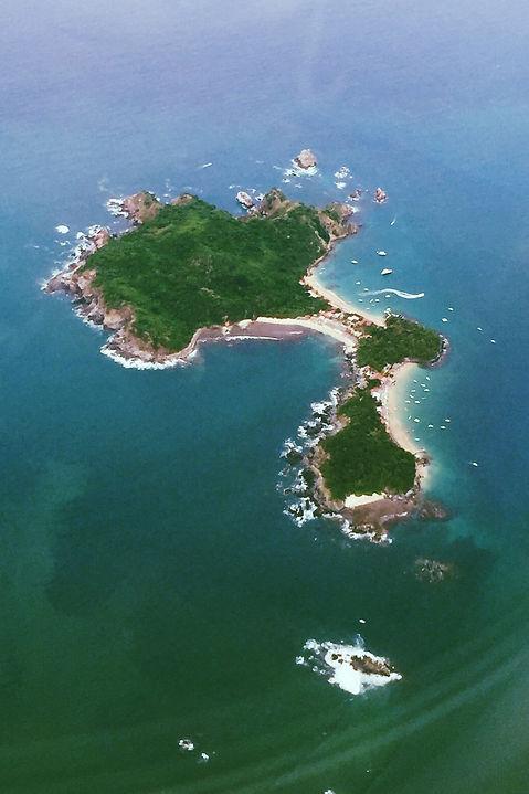 overhead isla ixtapa mexico