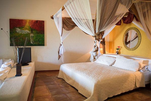 faro suite villa encantada zihuatanejo mexico