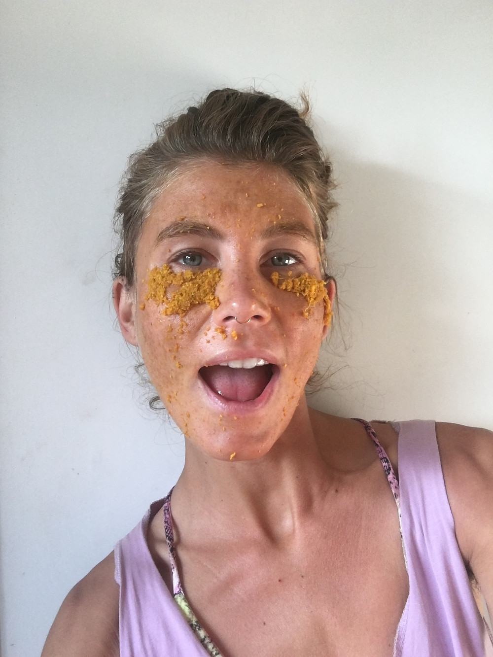 turmeric package for tired and puffy eyes