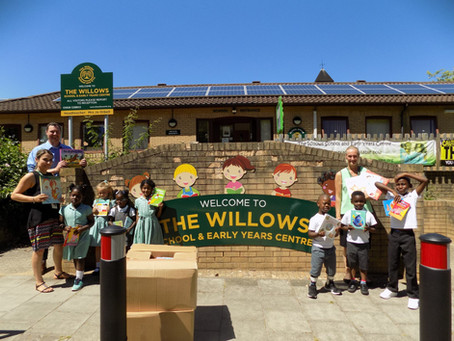 Willen Primary School eagerly welcome a donation of 3000 books.