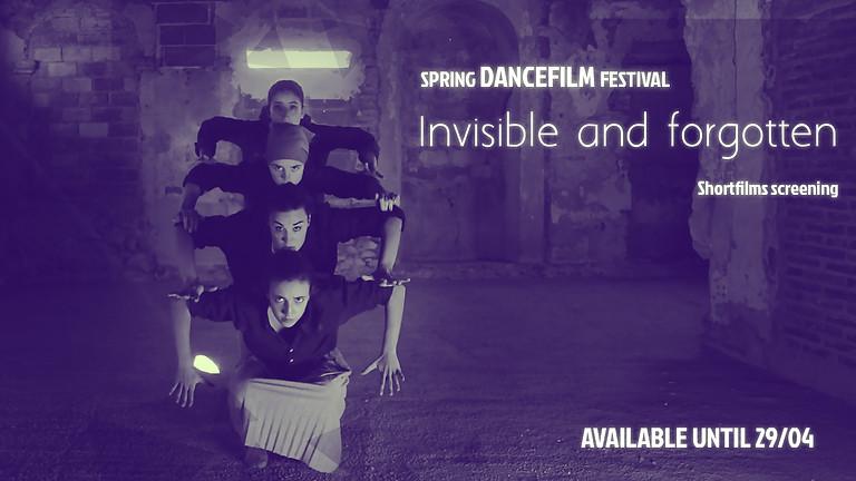 Invisibles and forgotten / Invisibles y olvidadas
