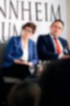 Marcel Schütz und Annegret Kramp-Karrenbauer in der Universität Mannheim am 23. März 2019.